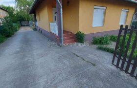 130m2-es családi ház eladó Hernádon